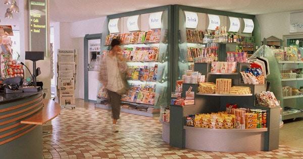 Shop und Kaffee im Seligweiler Hotel